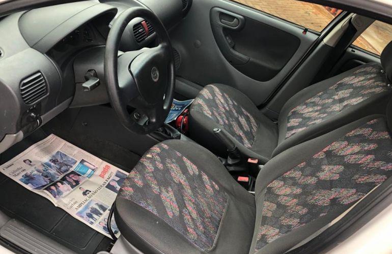 Chevrolet Corsa Sedan 1.8 (Flex) - Foto #6