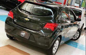 Hyundai Santa Fe 3.3 MPFi 4x4 7 Lugares V6 270cv - Foto #10