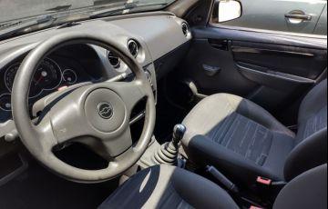 Chevrolet Prisma 1.4 MPFi Maxx 8v - Foto #4