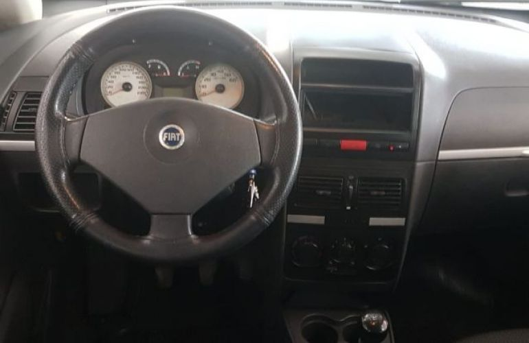 Fiat Idea ELX 1.4 MPI 8V Fire Flex - Foto #4