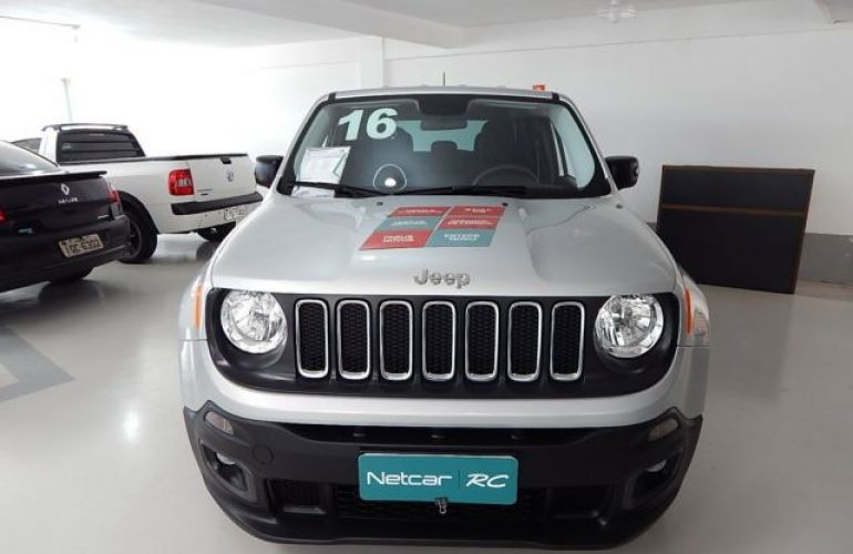 Jeep Renegade Sport 1.8 (Flex) - Foto #5