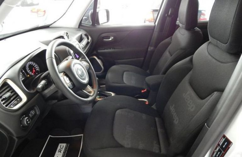 Jeep Renegade Sport 1.8 (Flex) - Foto #9