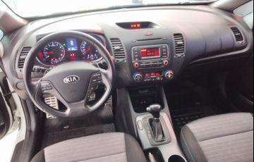 Kia Cerato 1.6 16V (aut) - Foto #10