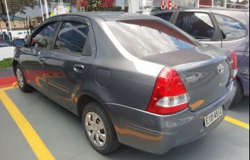 Toyota Etios Sedan XS 1.5 (Flex)