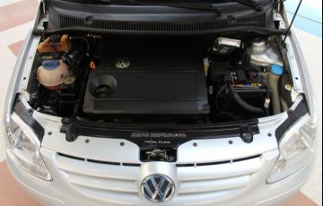 Volkswagen Fox 1.6 Mi Plus 8v - Foto #3