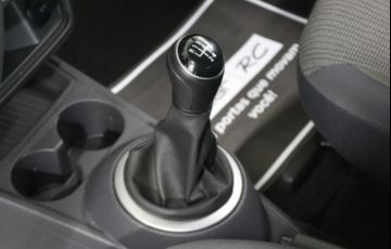 Volkswagen Gol 1.0 Mi 8V - Foto #9