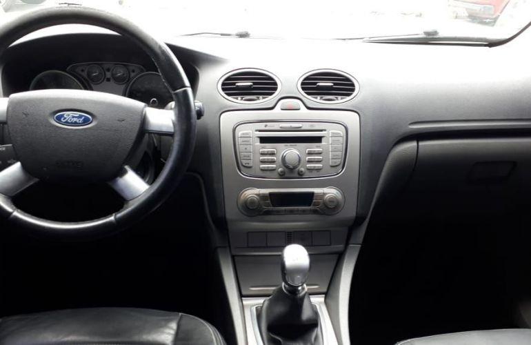 Ford Focus 1.6 Glx 16v - Foto #8