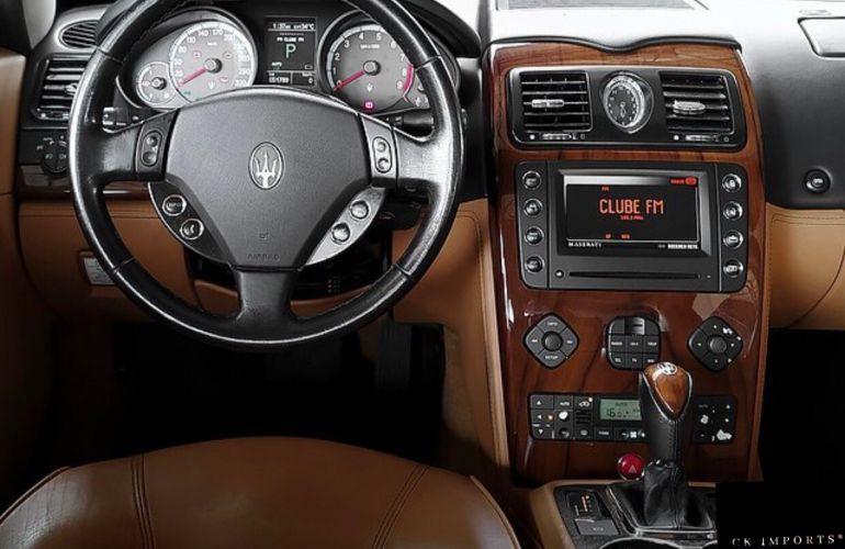 Maserati Quattroporte Executive 4.2 V8 - Foto #8