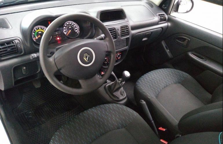 Renault Clio 1.0 Expression 16v - Foto #9