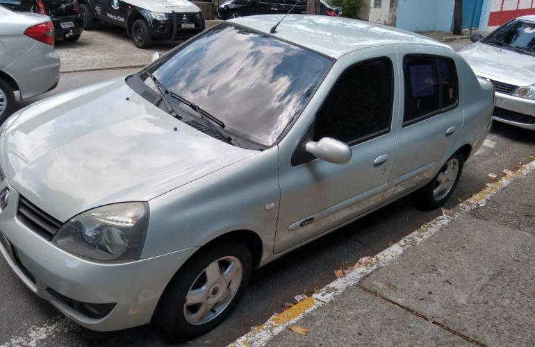 Renault Clio Sedan Privilége 1.6 16V (flex) - Foto #4