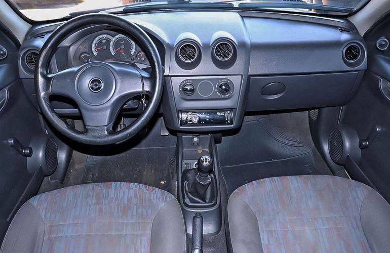 Chevrolet Celta 1.0 MPFi Vhce Life 8v - Foto #4