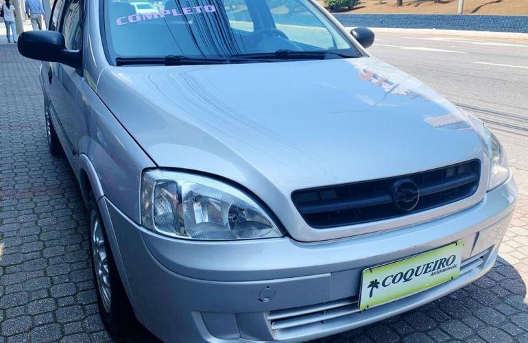 Chevrolet Corsa 1.0 MPFi Sedan 8v - Foto #1