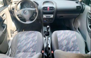 Chevrolet Corsa 1.0 MPFi Sedan 8v - Foto #2