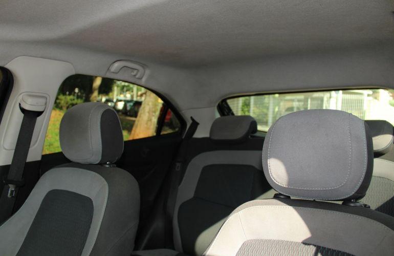 Chevrolet Onix 1.0 MPFi Seleção 8v - Foto #10