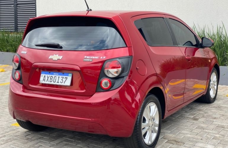 Chevrolet Sonic Hatch LT 1.6 - Foto #3