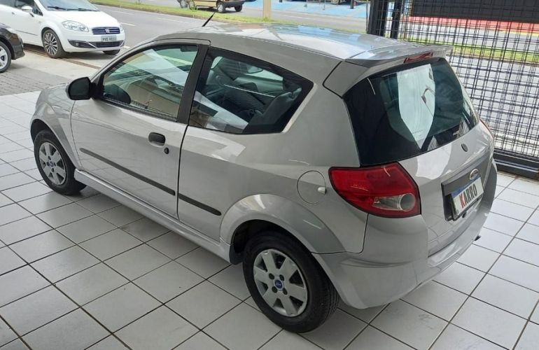 Ford Ka 1.0 MPi 8v - Foto #9