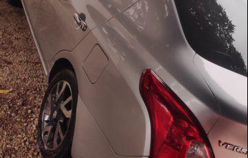 Nissan Versa 1.6 16V SL - Foto #6