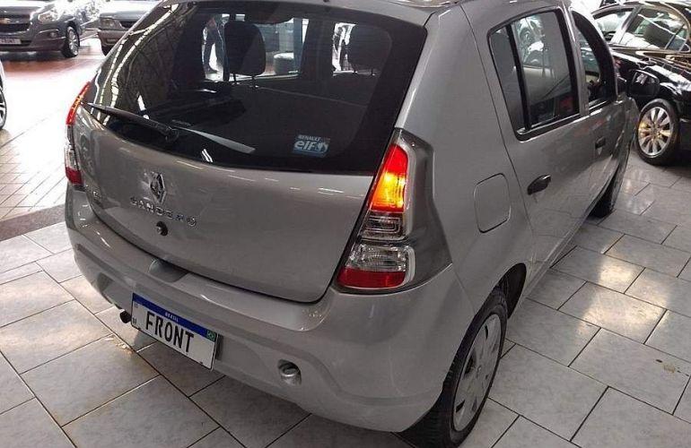 Renault Sandero 1.0 Expression 16v - Foto #8