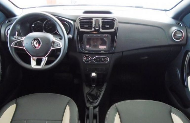 Renault Sandero Stepway 1.6 16V Hi-Flex - Foto #4
