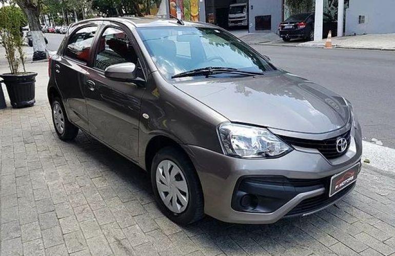 Toyota Etios 1.5 Xs 16v - Foto #1