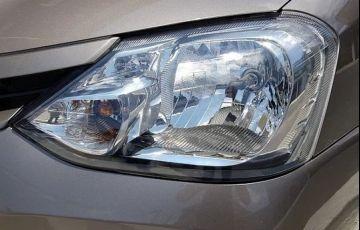 Toyota Etios 1.5 Xs 16v - Foto #4