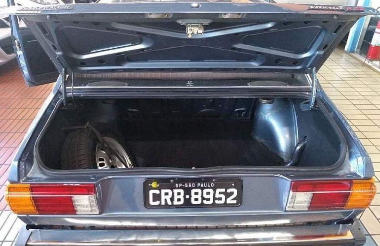 Volkswagen Voyage 1.5 LS 8v - Foto #4