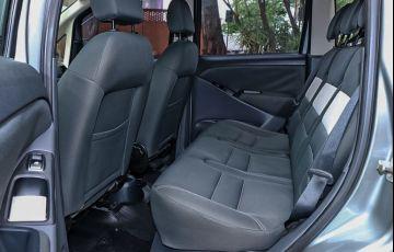 Toyota Etios 1.5 Platinum Sedan 16v - Foto #7