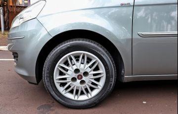 Toyota Etios 1.5 Platinum Sedan 16v - Foto #9