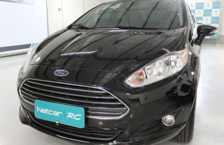 Ford Fiesta Sedan Titanium PowerShift 1.6 - Foto #1