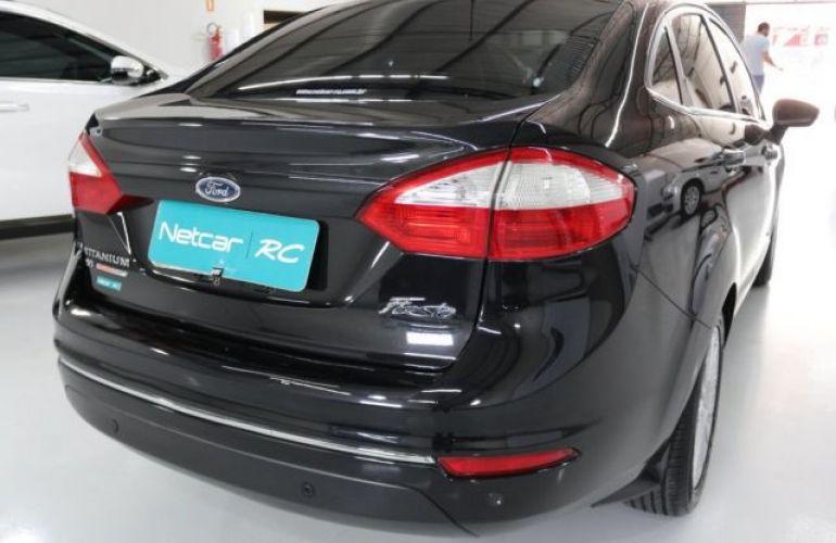 Ford Fiesta Sedan Titanium PowerShift 1.6 - Foto #5