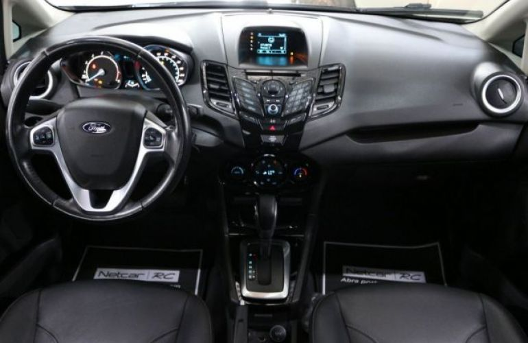 Ford Fiesta Sedan Titanium PowerShift 1.6 - Foto #7