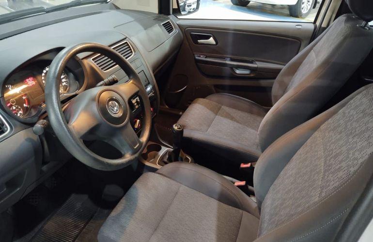 Volkswagen Fox 1.6 Mi 8v - Foto #8