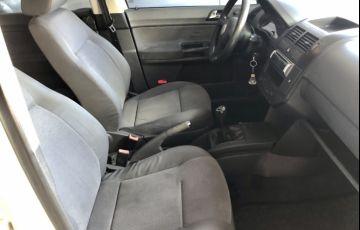 Volkswagen Polo Sedan Comfortline 1.6 8V (Flex) - Foto #9