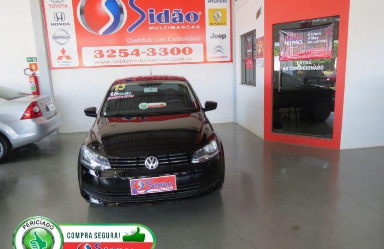 Volkswagen Voyage (G6) 1.6 VHT Total Flex - Foto #1