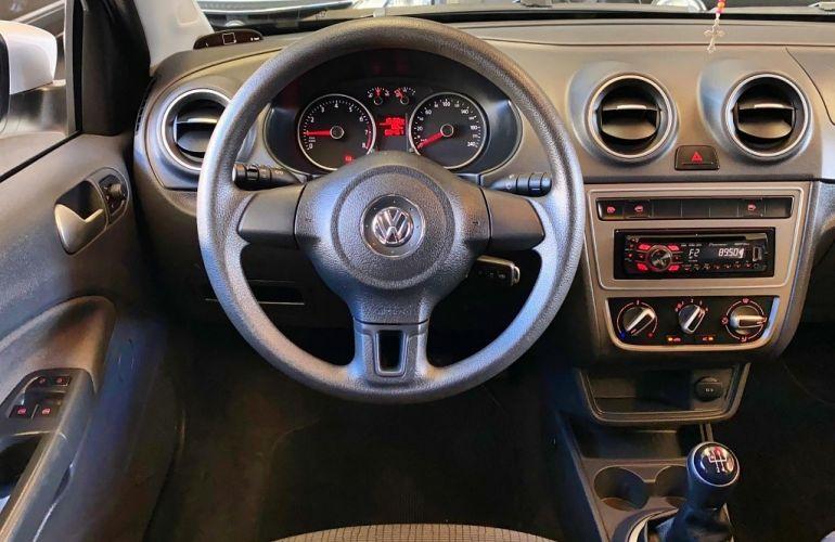 Volkswagen Voyage (G6) 1.6 VHT Total Flex - Foto #9