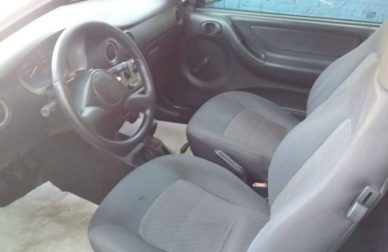 Chevrolet Celta 1.0 VHC 2p - Foto #2