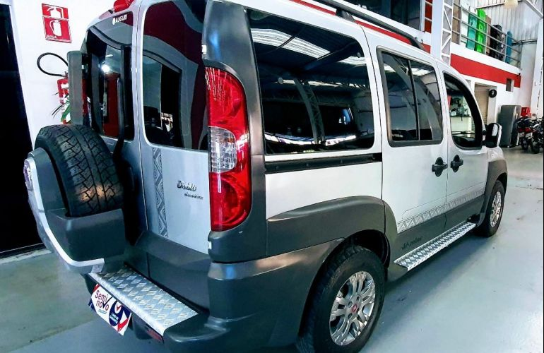 Fiat Doblo 1.8 MPi Adventure Xingu 16v - Foto #5