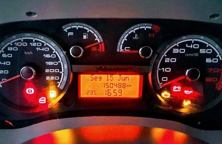 Fiat Doblo 1.8 MPi Adventure Xingu 16v - Foto #10