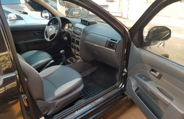 Fiat Strada 1.8 MPi Adventure Locker CE 8v - Foto #7