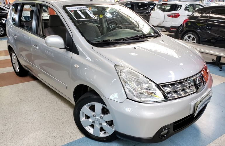 Nissan Livina 1.6 SL 16v - Foto #1