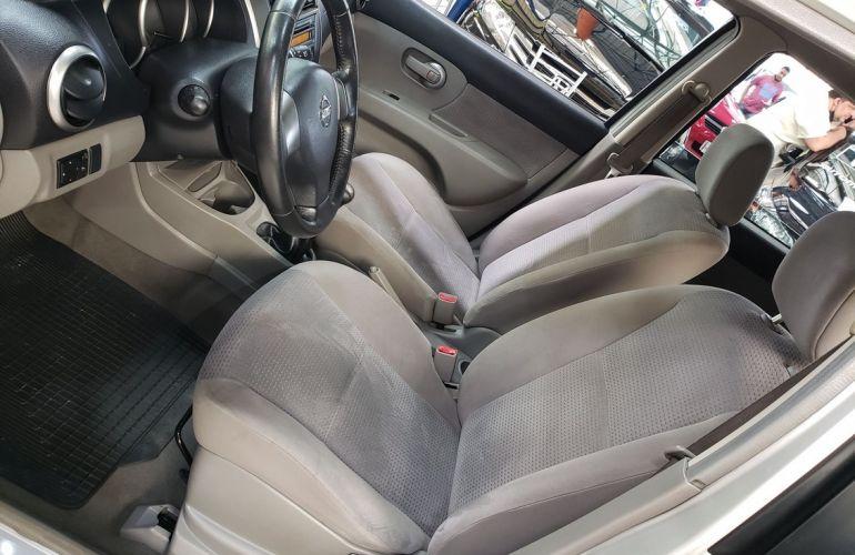 Nissan Livina 1.6 SL 16v - Foto #10