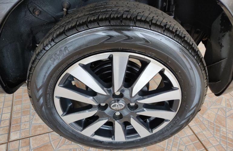 Toyota SW4 2.8 TDI SRX Diamond 7L 4x4 (Aut) - Foto #9