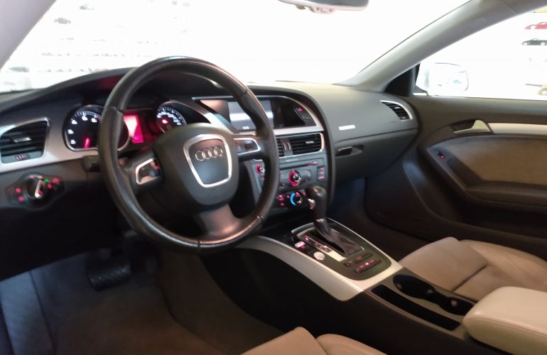 Audi A5 3.2 FSI Tiptronic Quattro - Foto #8