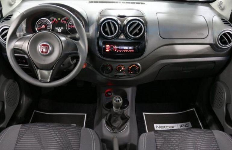 Fiat Palio Attractive 1.4 8V (Flex) - Foto #7