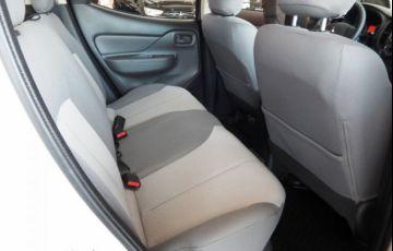 Mitsubishi L200 TRITON  SPORT GLX 2.4 - Foto #10