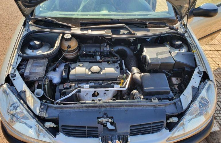 Peugeot 206 Hatch. Presence 1.4 8V - Foto #7