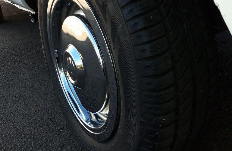 Volkswagen Kombi Standard 1.6 - Foto #8