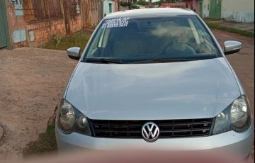 Volkswagen Polo Sedan Comfortline 1.6 8V (Flex)