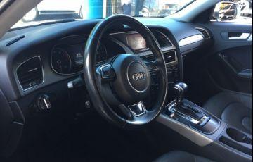 Audi A4 2.0 TFSI Attraction Multitronic - Foto #9