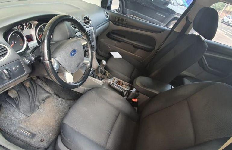 Ford Focus 1.6 Glx 16v - Foto #6